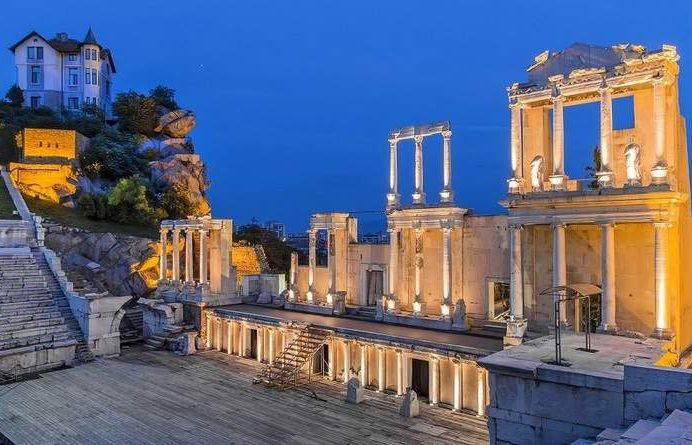 Амфитеатр ночью - Пловдив