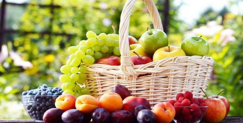 Сезонные болгарские фрукты по месяцам.