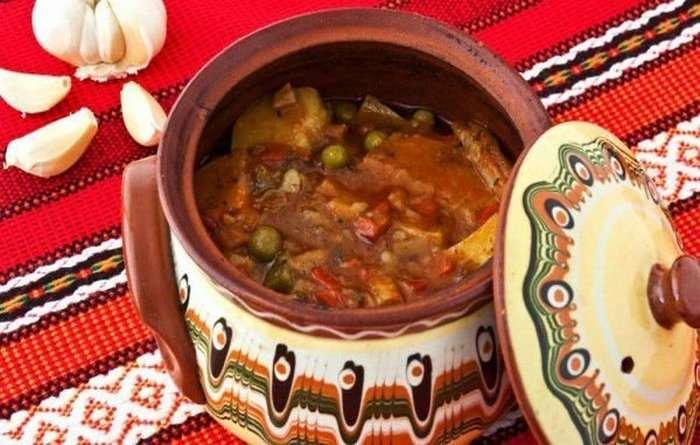 Болгарская кухня Гювеч