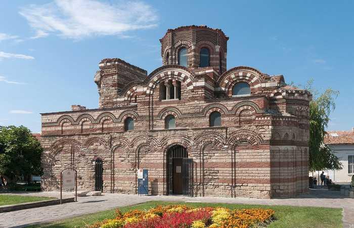 Церковь Пантократов