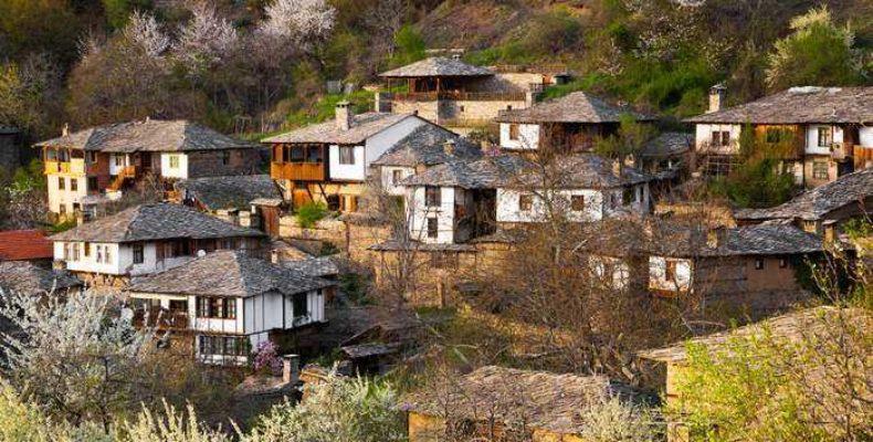 Самые романтичные и красивые деревни в Болгарии
