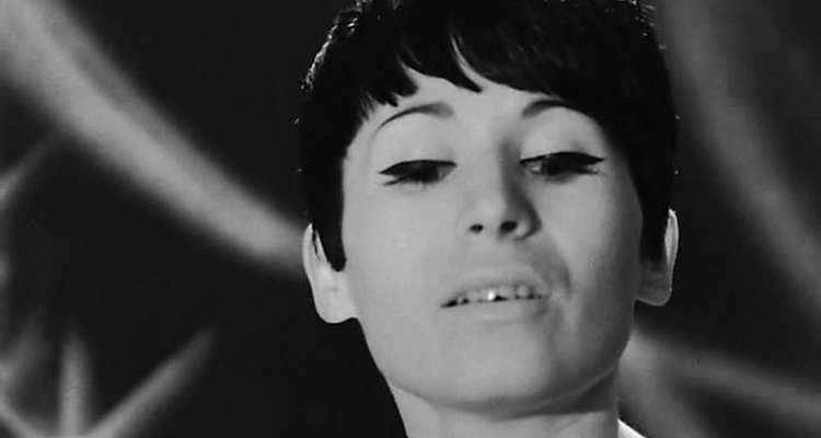 Лили Иванова певица