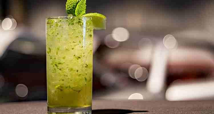 Домашний лимонад и зеленый чай