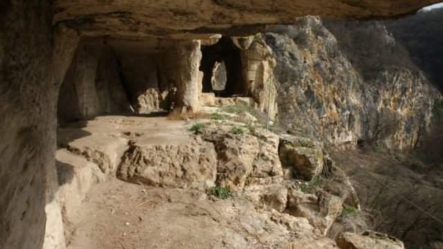 Большой Нисовский монастырь